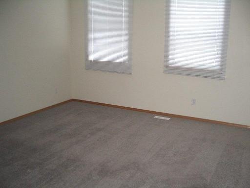 224 Cimarron Blvd Bedroom
