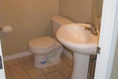603-2066 Luxstone Blvd Bathroom