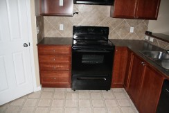 603-2066 Luxstone Blvd Kitchen