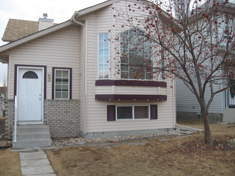 $1690 – 63 Harvest Gold Circle NE, Available Now Rent to Own