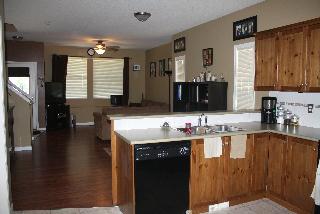 Kitchen & Dining 2, 805 - 2001 Lux