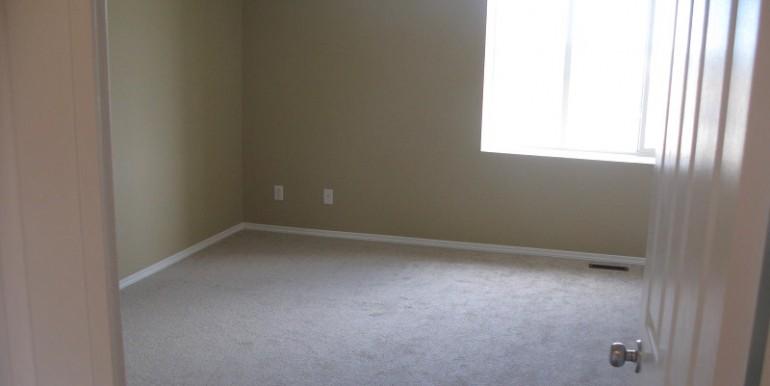 2046 Luxstone Blvd Bedroom 1