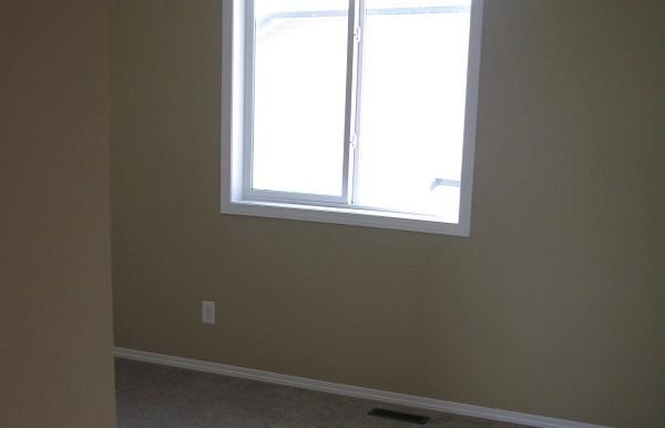 2046 Luxstone Blvd Bedroom 2
