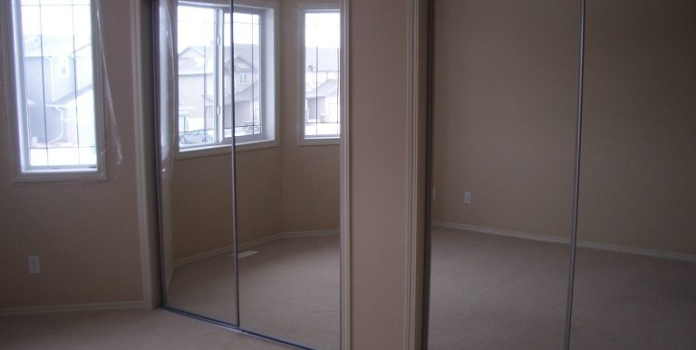 291 Cimarron Blvd Bedroom 3