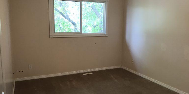129 Templehill Dr Bedroom 1