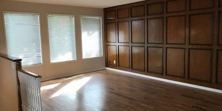 129 Templehill Dr Living Room 2