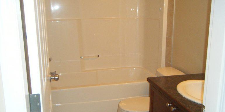 209 Luxstone Main Bath