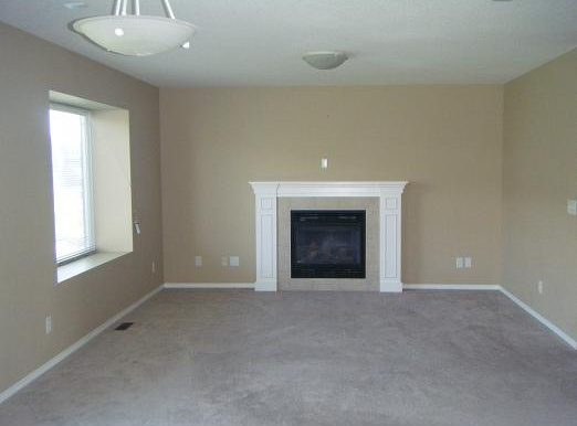 209 Luxstone Rd SW Living Room