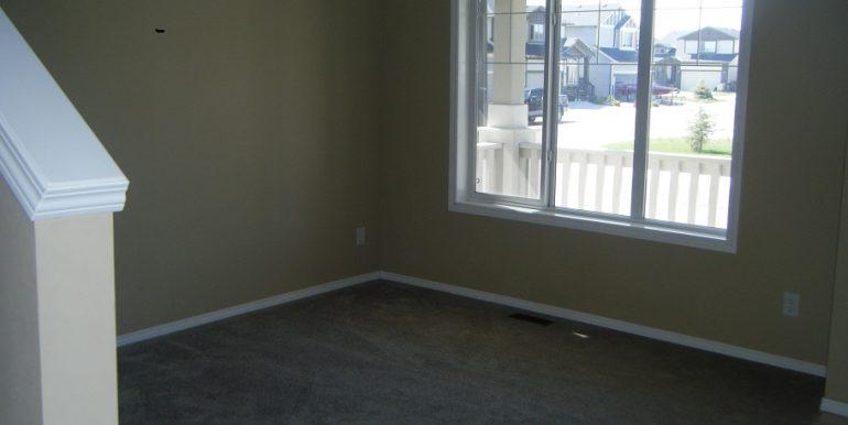 209 Luxstone flex room